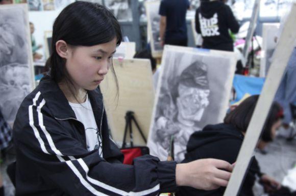 大学艺术专科有哪些好的学校(盘点艺术类学什么专业最有前途)