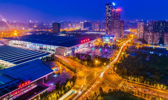 中国超大城市再洗牌!成都和四大城市最新晋级!