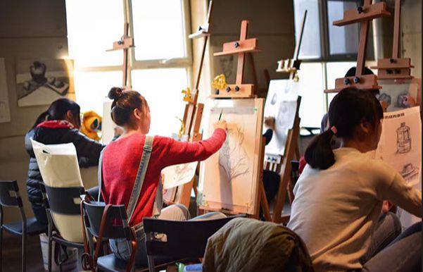 沈阳高考美术集训画室哪家好?选择画室时这些一定要注意!