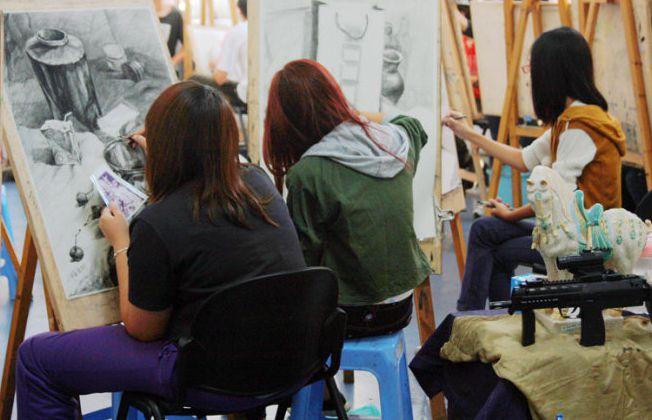 美术生集训该如何找到正规的画室?这些方面必须注意!