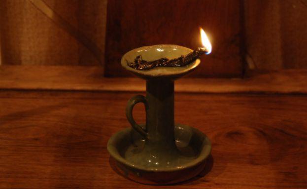蜡烛订单量一周翻10倍,恍惚间想起了儿时的那盏小油灯