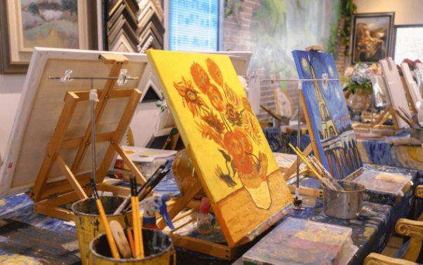 美术生集训选大画室好还是小画室?这几点需要综合考虑!