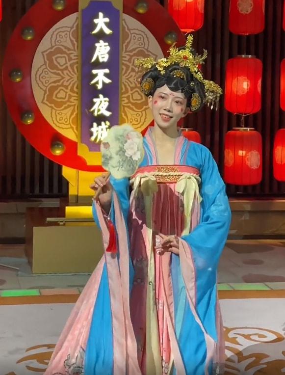 不倒翁小姐姐时隔1年回归首秀,已婚的她依然漂亮!